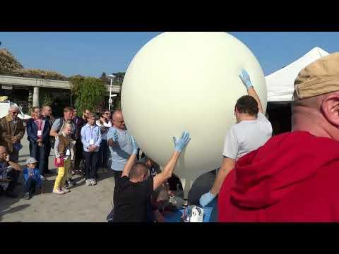 Wypuszczenie Balonu Stratosferycznego Podczas World Space Week 2018 We Wrocławiu - 7.10.2018r. Cz. 1
