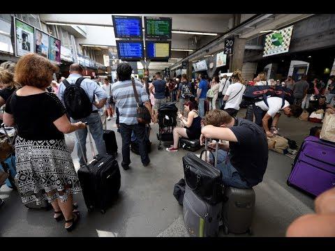 Gare Montparnasse: les images des voyageurs bloqués en plein week-end de chassé-croisé