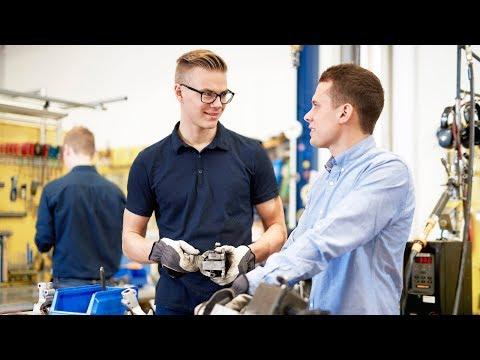 Apply for Scania Engineer Program