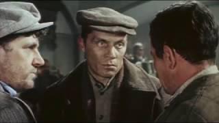 Приступить к ликвидации, 1983. Там, на неведомых дорожках…, 1982, скрытые киноцитаты