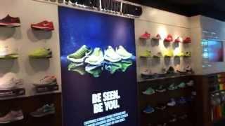 """Nike Town """"Running"""""""