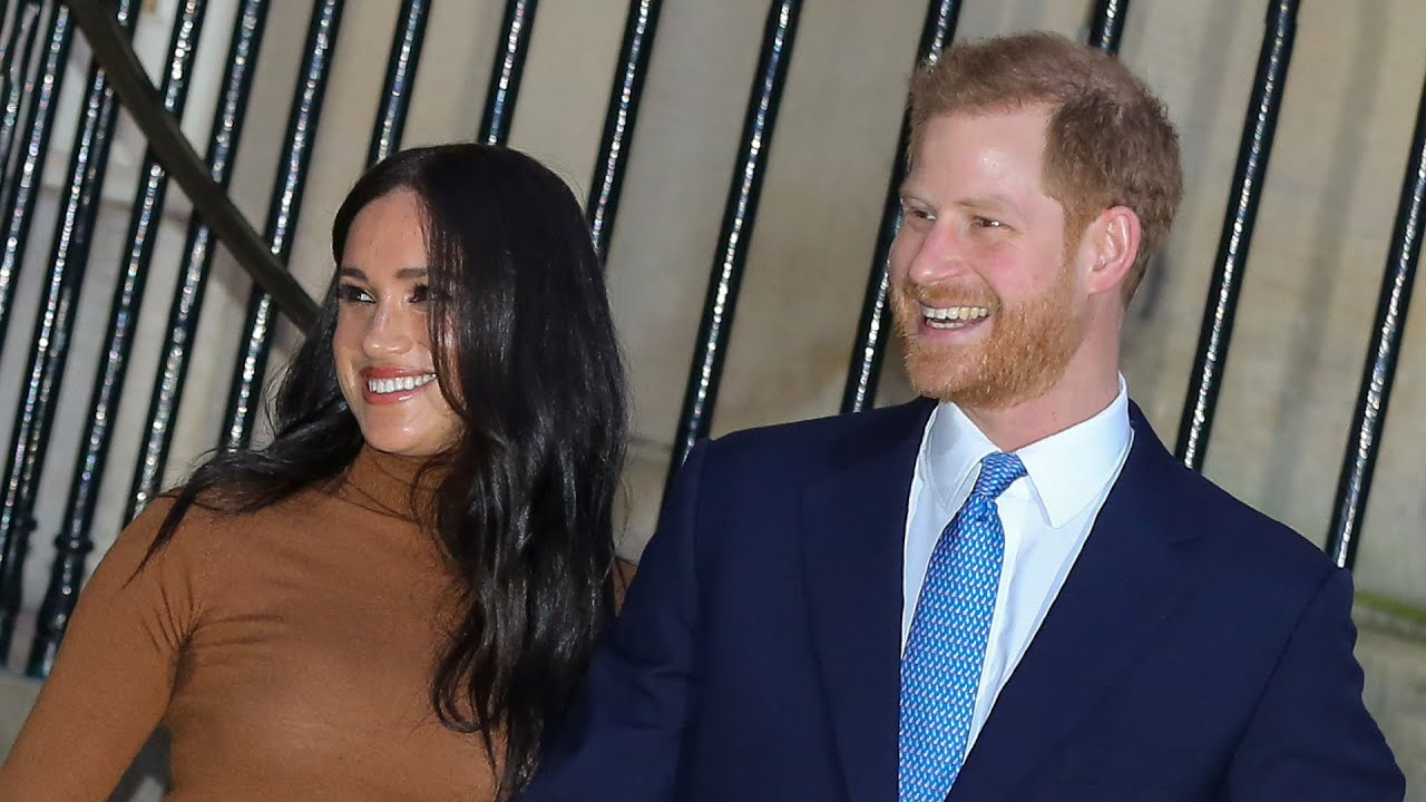 Meghan Markle and Prince Harry Are All Smiles as They Return to Work After 7-Week Canadian Holiday
