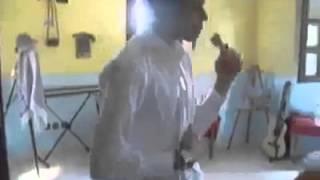 فضيحة ممرض مع زميلته الممرضه  الحقو قبل الحذف