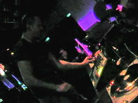 "XENTRIX @ ""MONTINI"" (BE) RAVE ZONE 2005"