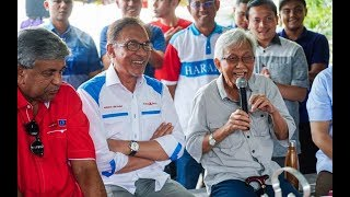 Daim joins Anwar's campaign in Port Dickson