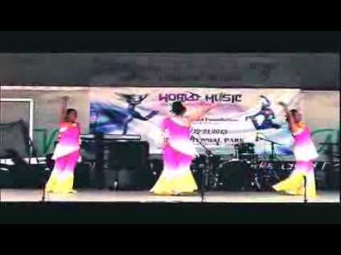 The Chinese Dancers at the World Music and Food International Festival'013