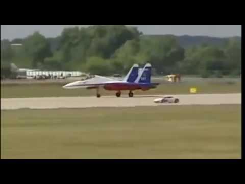 Lamborghini Huracan Takes On Russian Su 27 In Drag Race Youtube
