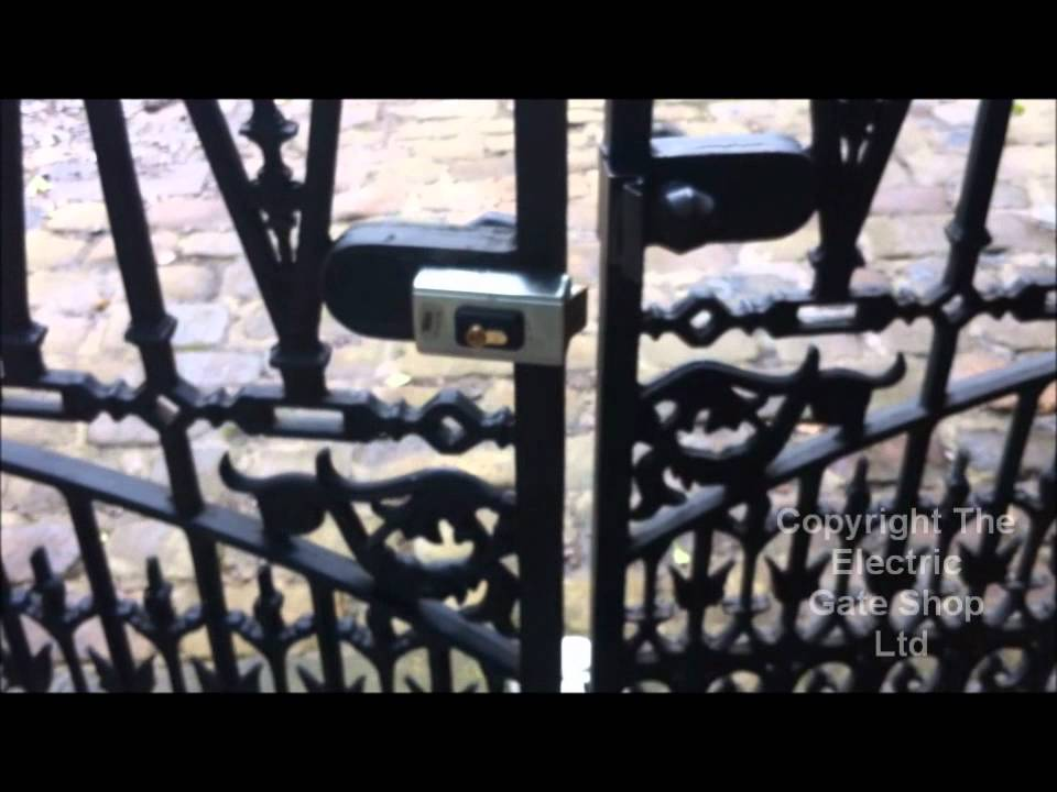 Electric Gate Lock Double Gate Interlocking Device Youtube