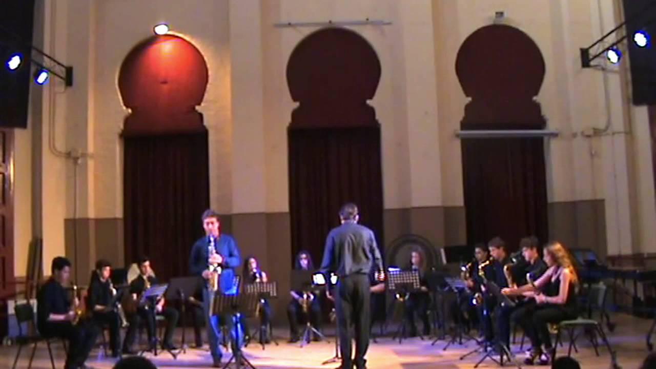 A. GLAZUNOV: Saxophone Concerto in E Flat Op. 109 - Ensemble de Saxofones