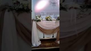 Оформление живыми цветами, драпировка тканями на свадьбу в Алматы