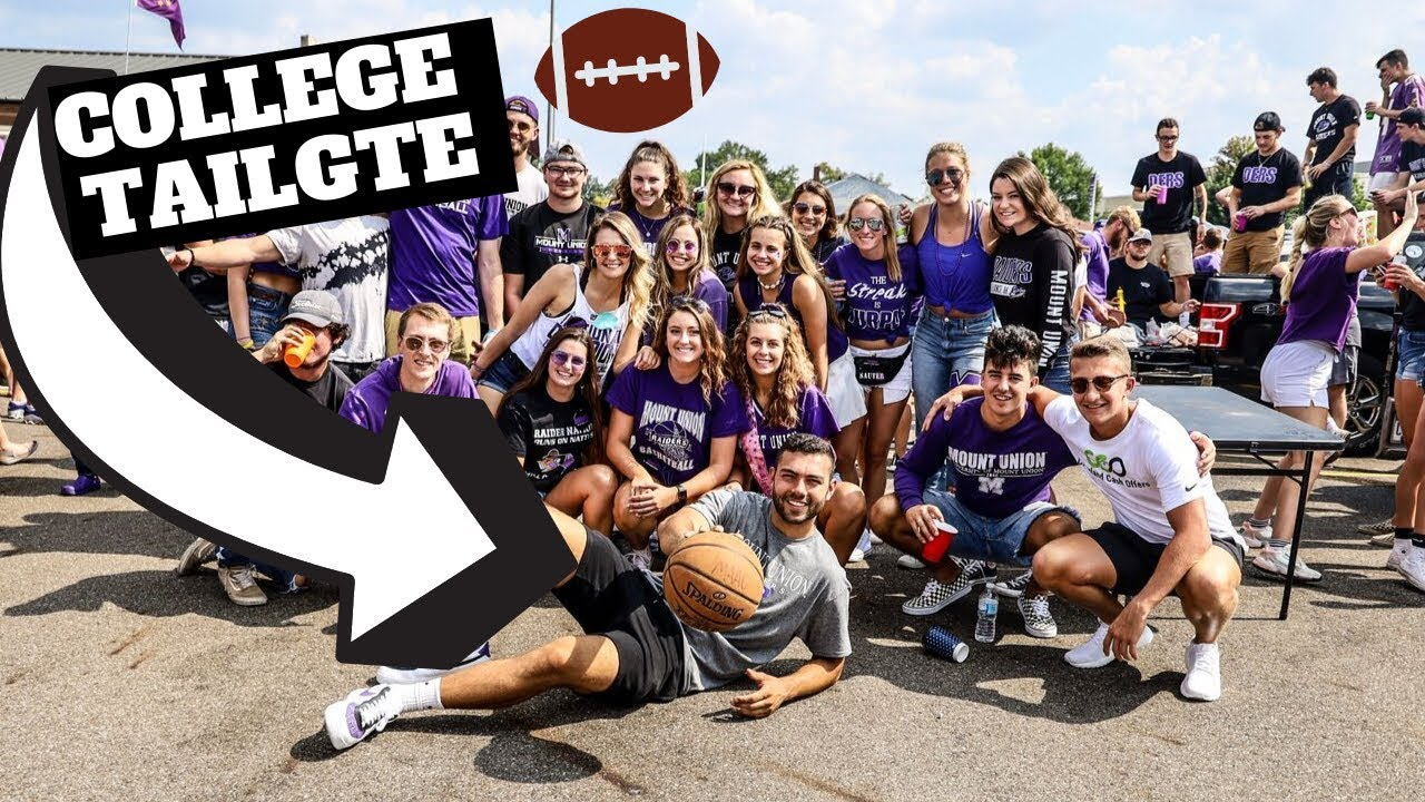 What Really Happens At A D3 College Football TAILGATE ...