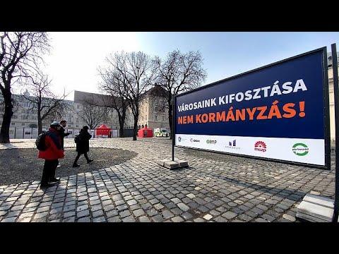 Ungheria: sindaci contro Orbán, 'no alla stretta finanziaria contro i Comuni d'opposizione'