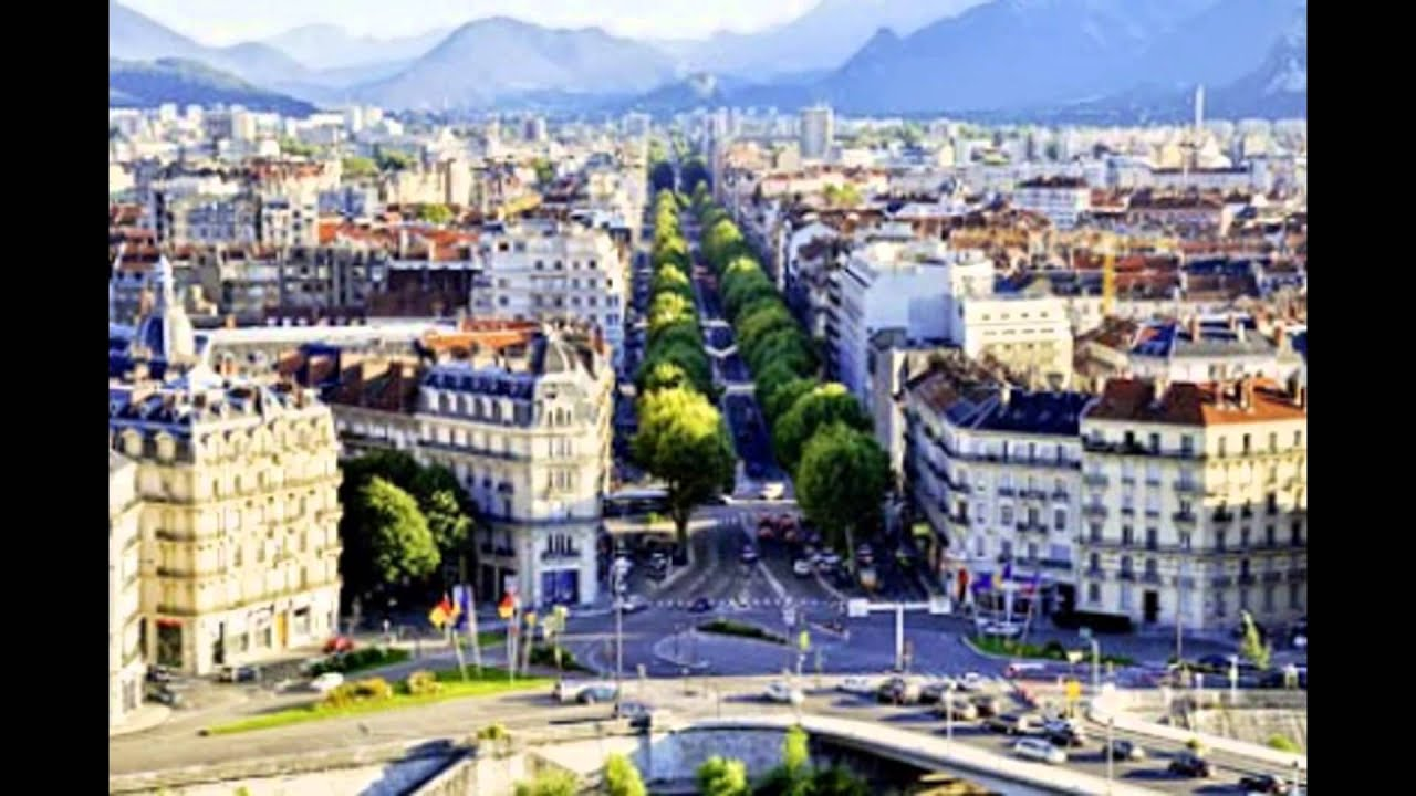 La ville de grenoble france youtube for Piscine de la riche
