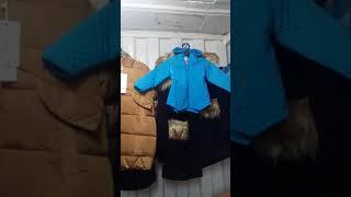 Видео Распродажа на рынке Дордой. Много видов одежды.