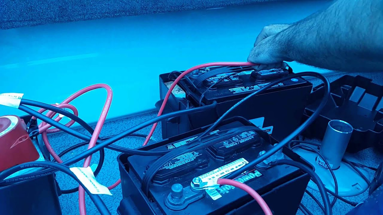 Boat electrical system in a single battery box - YouTube