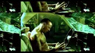 Chester (of Linkin Park) in Saw
