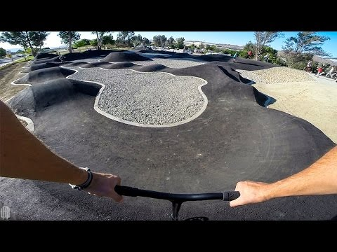 TOP SPEED ON SCOOTER ON AWESOME SKATEPARK PUMP TRACK!