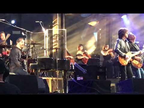 10538 Overture    Jeff Lynne's ELO   Wembley 2017  *LIVE* FRONT ROW  *4K HD*