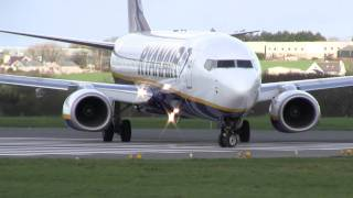 Ryanair Boeing 737-800 Taxi and Takeoff in High Detail [Full HD]