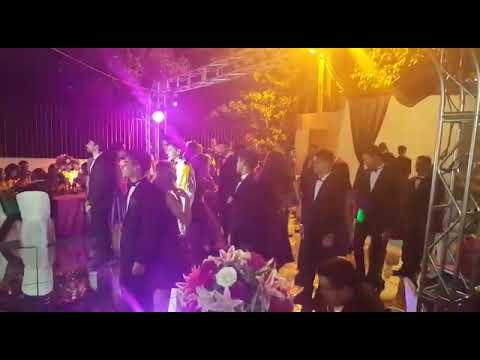 Dança com damas e cavalheiros 💜