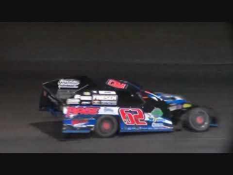 Night Of 10,000 Stars Modified Amain @ Hancock County Speedway 08/11/17