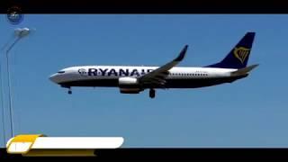Ryanair Boeing 737-800 landings