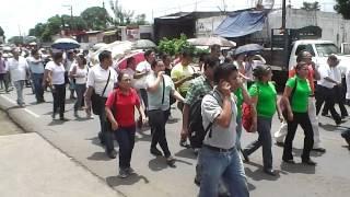 Truenan los maestros de la CNTE de los Tuxtlas contra la reforma educativa de Enrique Peña Nieto.