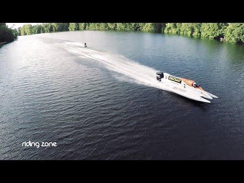 Record du monde de vitesse - Wakeboard tracté par une F3000