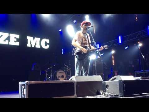 Noize MC - Питерские крыши (Cover)из YouTube · С высокой четкостью · Длительность: 3 мин56 с  · Просмотров: 456 · отправлено: 5-11-2016 · кем отправлено: Юра Белокрылов