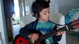 Download 5 year old sings hey soul sister MP3 song and Music Video