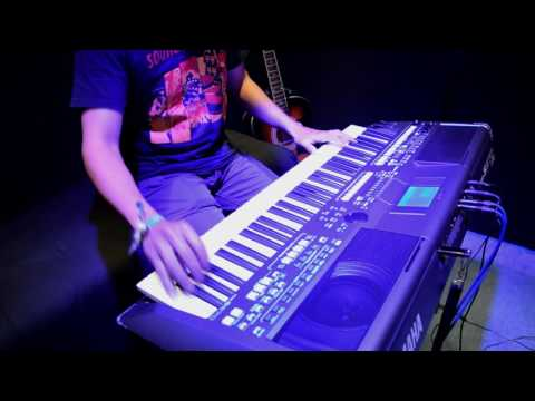 Piano Sound PSR-S670