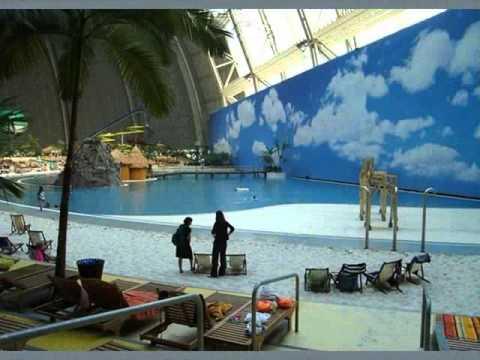 Swimming pool in Berlin.wmv