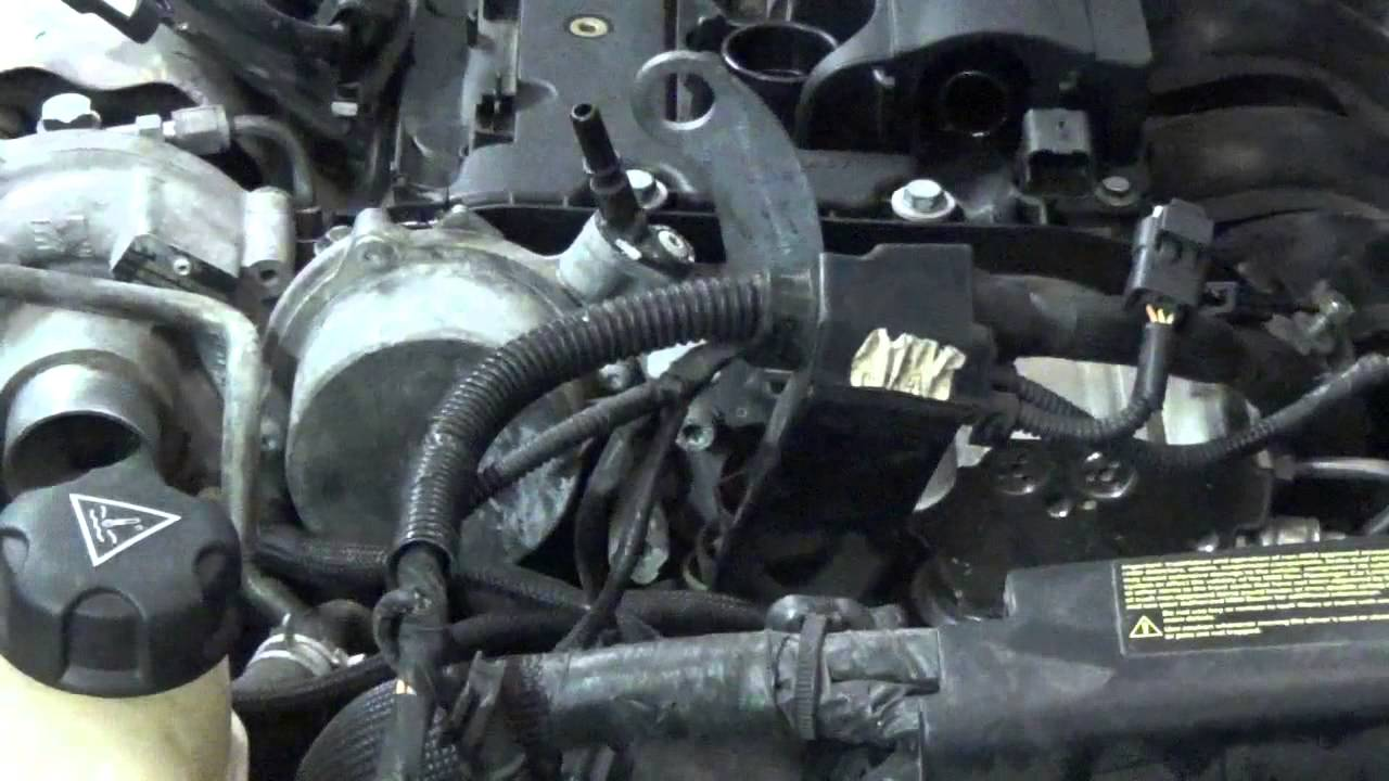 2007 Mini Cooper S R56 Cylinder Head Removal Part 1  YouTube