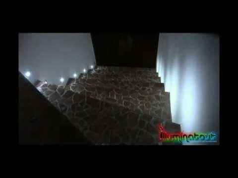eclairage led escalier doovi. Black Bedroom Furniture Sets. Home Design Ideas