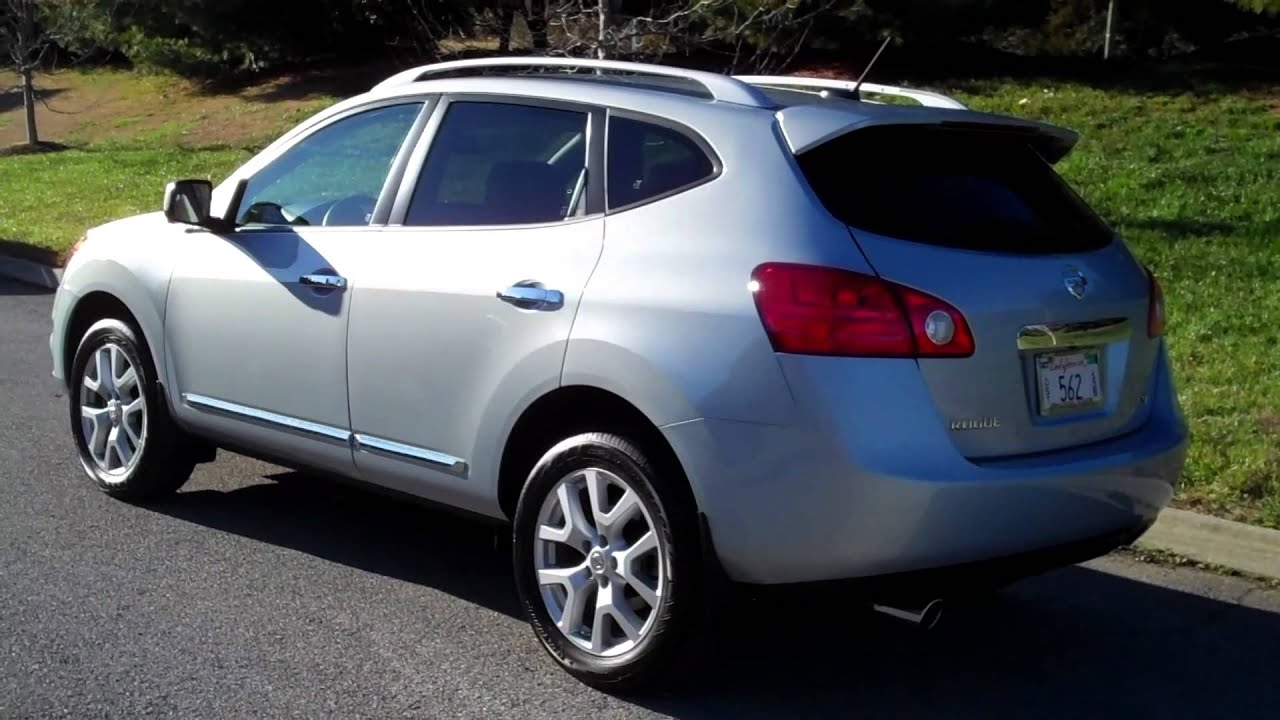 riding the 2012 nissan rogue sl fwd youtube. Black Bedroom Furniture Sets. Home Design Ideas