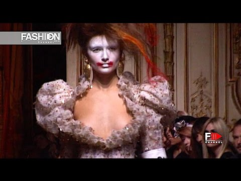 VIVIENNE WESTWOOD GOLD LABEL Spring Summer 2010 Paris - Fashion Channel