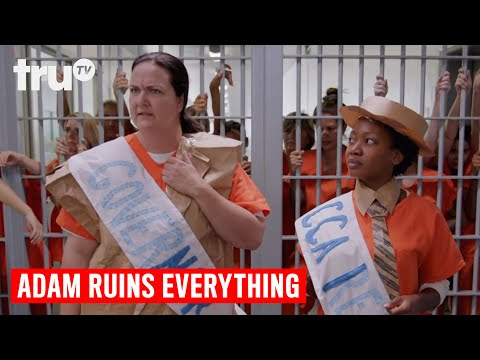 Adam Ruins Everything - The Shocking Way Private Prisons Mak