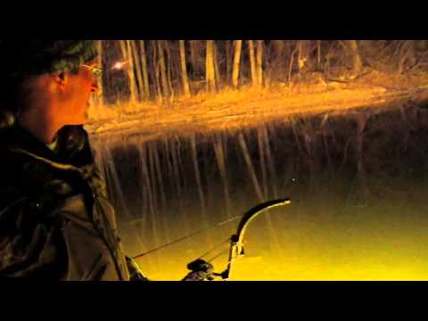 Bowfishing on the Mississippi River