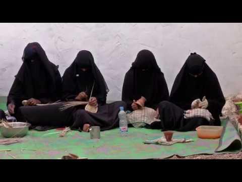 مؤسسة الشيخ خليفة تدعم جمعيات تنمية المرأة في سقطرى
