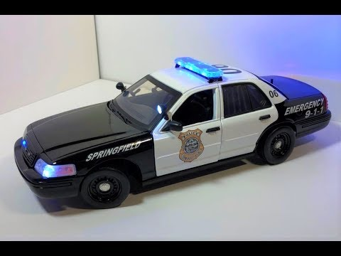 1/18 Springfield MA Police Ford Crown Victoria With Working Lights (CUSTOM ORDER)