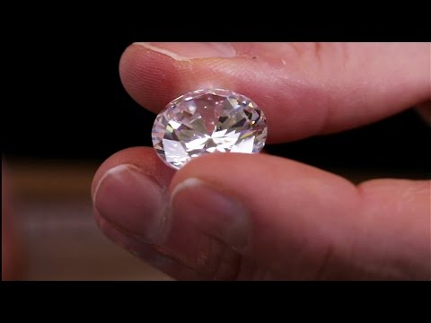A guide to diamond grading. How do the 4c's actually affect a diamonds appearance?