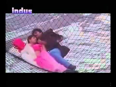 Tu Mile Dil Khile with English Subtitles