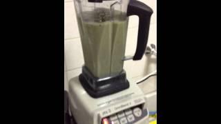 JTC omniblend V smoothie blending