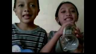 In Here Happy, In There Happy (Disini Senang Disana Senang) - Indonesian Children Song :D