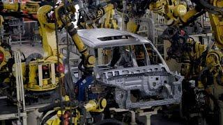 تصنيع الدفعة الأولى لسيارة نيسان باترول نيسمو في اليابان