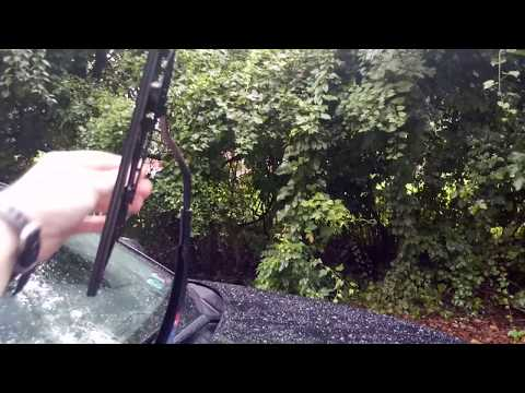 Hyundai Tucson 2014 - 2020: How to Replace Front Windshield Wipers - Works For MOST Cars