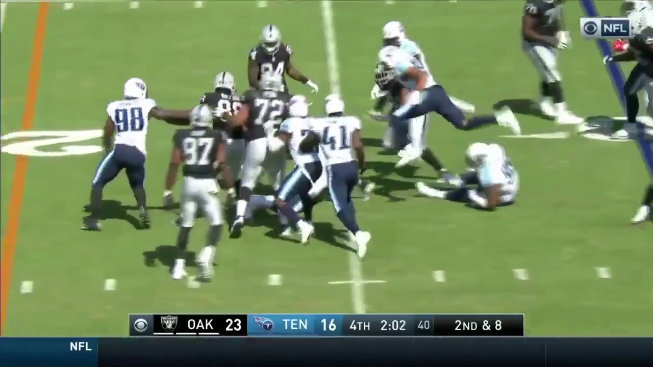 Marshawn Lynch RUNS Over Defender Jurrell Casey BEAST MODE IS