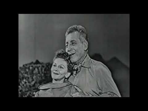 South Pacific (Mary Martin & Ezio Pinza)