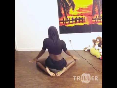 African girl dancing is 👌