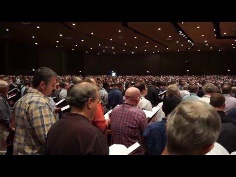 3,000 Men Singing